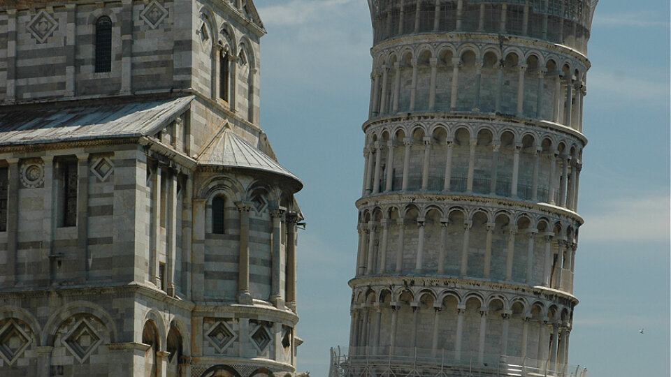 /images/r/pisa-leaning-tower/c960x540g0-424-900-930/pisa-leaning-tower.jpg
